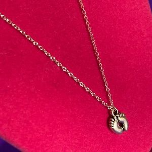 """NEW Baby Toddler Footprint Feet Necklace 24"""" Long"""